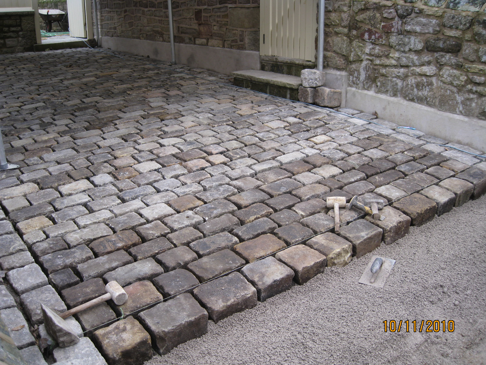 SMALL RECLAIMED COBBLE DRIVE LANCASHIRE (24)