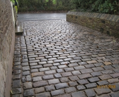 SMALL RECLAIMED COBBLE DRIVE LANCASHIRE (29)
