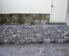SMALL RECLAIMED COBBLE DRIVEWAY LANCASHIRE (2)